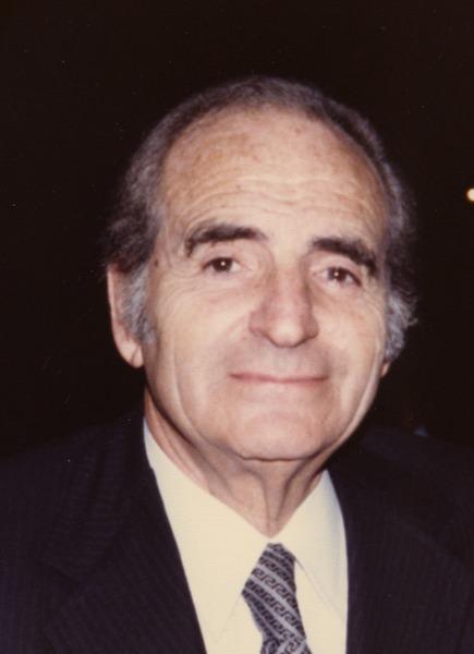 Burnett Bolloten en 1980